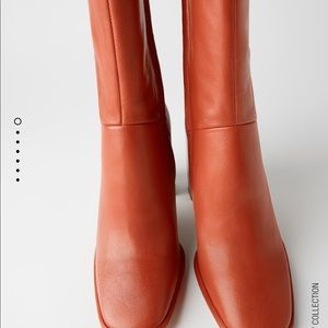 Zara leather heeled boots bloggers favorite